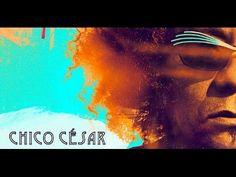 """Após 8 anos sem discos de inéditas, Chico César lança em 2015 o álbum Estado de Poesia que, segundo o próprio artista, """"vem reivindicar a liberdade do ato de..."""
