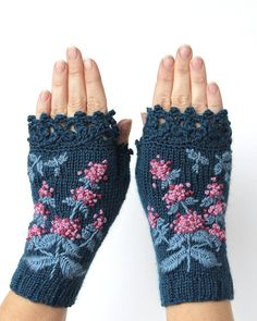 Knitted Fingerless Gloves Mint Turquoise by nbGlovesAndMittens - Knitting 2019 - 2020 Crochet Gloves Pattern, Crochet Mittens, Mittens Pattern, Knit Crochet, Wool Gloves, Fingerless Gloves Knitted, Knitting Accessories, Winter Accessories, Fashion Accessories