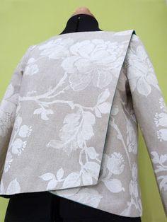 Juliet dé[fil]- T-shirt manches longues pivoine. #julietdéfil #créa'tybreizh #femme #t-shirt #pivoine #lin #asymétrique #prêtàporter # mode