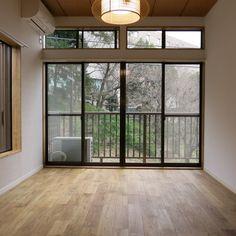 綺麗な和室でしたが、ヤマグリの無垢床に変更。