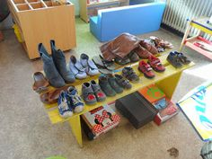 Kindergarten Themes, Toddler Bed, School, Winter, Kids, Shoe Rack, Clothes, Noodle, Zapatos