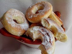 ROSCAS CHILENAS – Cocina Chilena Chilean Recipes, Chilean Food, Bagel, Doughnut, Sweets, Bread, Desserts, Wafer Cookies, Milk Cookies