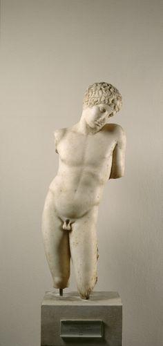 Narcissus 400 BC.      Location: Gaeta (Italy). © Foto: Antikensammlung der Staatlichen Museen zu Berlin - Preußischer Kulturbesitz