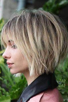 Tagli di capelli corti a strati per ragazze e donne de06e6116155