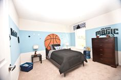 Basketball themed boy's room. Highland Homes' Remington II model home in Davenport, Florida.