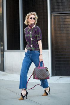 264 incredible outfit ideas to take from the street style at New York Fashion Week: New York Fashion Week Street Style, Nyfw Street Style, Spring Street Style, Nyc Fashion, Street Style Looks, Street Chic, Style Fashion, Spring Style, Summer Street