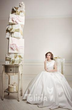 Tulipia Happy - Sofia Girls Dresses, Flower Girl Dresses, Wedding Dresses, Happy, Flowers, Fashion, Dresses Of Girls, Bride Dresses, Moda