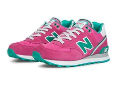 Stadium Jacket Exuberant Pink with Green - New Balance Green New Balance, New Balance 574, New Balance Shoes, Dc Shoes Women, Sneaker Shop, New Balance Classics, All About Shoes, Slipper Boots, Women Lifestyle