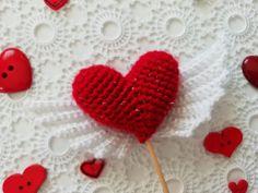Video: Tunus işi burgu patik yapımı 10marifet.org'da! Doll Sewing Patterns, Knitting Patterns, Boutique Homes, Felt Dolls, Home Textile, Baby Knitting, Doll Clothes, Cow, Shabby Chic