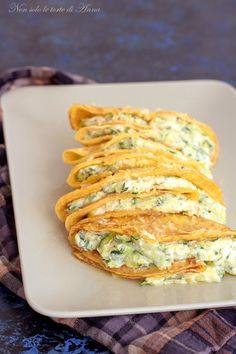 Crepes zucchine e ricotta Ricotta, Cannelloni, Crepes And Waffles, Polenta, Best Italian Recipes, Crepe Recipes, Slow Food, Appetisers, International Recipes