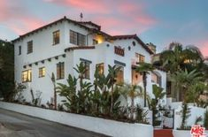 Searching for Single Family Home in Beverly Hills Ca area? We have listed latest luxury homes for sale and rent in Beverly Hills Ca area. Call us at (310) 600-1553.