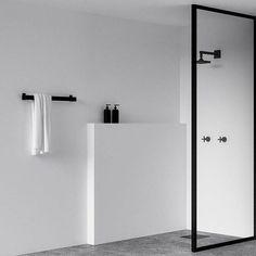 いいね!2,284件、コメント18件 ― Scandinavian Design Conceptさん(@simple.form)のInstagramアカウント: 「•• Minimalist bathroom recap. @nichba_design's parred back and simple bathroom design is our most…」 #minimalistbathroom
