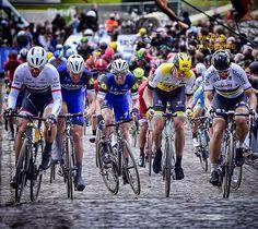 #GWE second and final passage #kemmelberg @fabian_cancellara @vandenberghestijn @stybarzdenek @sepvanmarcke @petosagan #strong #cobbles #decisive_moment #sprintcycling #cycling #cool #amazing @bettiniphoto by sprintcycling