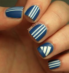 3 Stripes on my Sneakers (Adidas Nail Art)