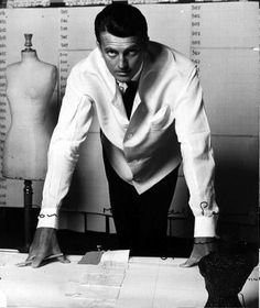 Hubert de Givenchy 1927-2016 France. Founded his brand in 1952. Known dor his innovation, contrary to the more conservative designs.