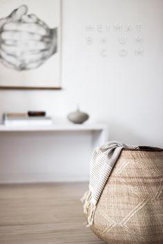 Scethno Interior vom Feinsten! Couleur Locale Basket, Folded Hands Print, Art, Ethno, Scandi