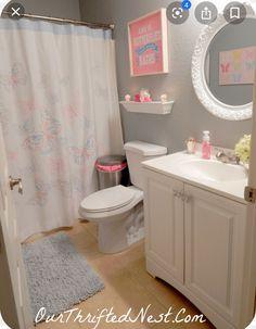 Girl Bathroom Decor, Modern Bathroom Decor, Bathroom Kids, Peach Bathroom, Bedroom Decor, Modern Bedroom, Bedroom Ideas, Home Design, Teen Bathrooms