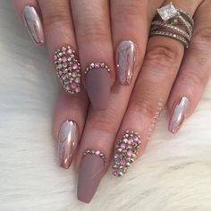 Rose gold chrome, matte, stones Nail art