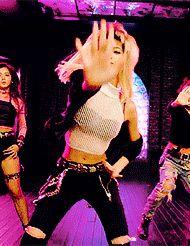 Lisa love you Kpop Girl Groups, Korean Girl Groups, Kpop Girls, Jennie Lisa, Blackpink Lisa, Yg Entertainment, Hip Hop, Blackpink Memes, These Girls