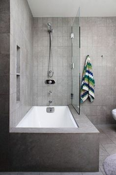 Modern Tub Shower bo And Modern Tub Shower bo Medium Size from Delightful Bathroom Tub Shower Combo Remodeling Ideas, Bathtub Shower Combo, Shower Over Bath, Bathroom Tub Shower, Master Bathroom, Bath Tubs, Bathtub Decor, Shower Doors, Bathroom Small, Bath Shower Combination
