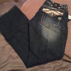 BNWT Miss Me Jeans Have beautiful pocket detail. Size 30. Brand new with tags. Boot cut. Miss Me Jeans