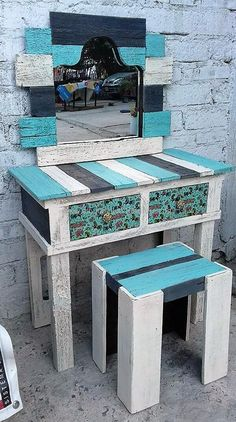Wood patio furniture simple and wooden outdoor furniture on sale. Pallet Patio Furniture, Reclaimed Wood Furniture, Furniture Sale, Rustic Furniture, Cheap Furniture, Discount Furniture, Furniture Ideas, Pallet Tables, Furniture Online