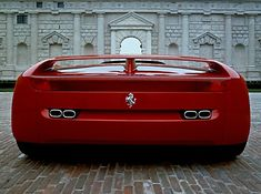 1989 Pininfarina Ferrari Mythos concept. So sleek lines and early 90's, yet so bulky.
