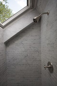 River Road Cottage by Sullivan Building - strangely located/designed shower, but also very cool!