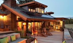 Gain inspiration from this Sunset Lake Tahoe 'Idea House,' which takes its architectural and design cues from the breathtaking scenery that surrounds it.