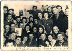 Holocaust survivors from Płońsk in the Zeilsheim DP camp