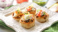 Celebrate Cinco family-style with these quick weeknight wins. Whether you serve up bite-size Taco Pinwheels or crowd-size Ground Beef Totchos, toppings are a must.