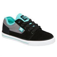 DC Shoes Bristol KBU black deep ultra marine skate shoes enfants 60,00 € #dc #dcshoes #dcshoecousa #dcskateboarding #skateshoes #skate #skateboard #skateboarding #streetshop #skateshop @April Gerald Skateshop