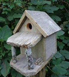 Rustic Country Cabin Birdhouse -- love it! Rustic Bird Feeders, Bird House Feeder, Mini Mundo, Bird House Plans, Birdhouse Designs, Bird Houses Diy, Bird Boxes, Wooden Bird, Wood Projects
