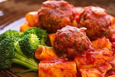 Nice, healthy pasta and meatballs