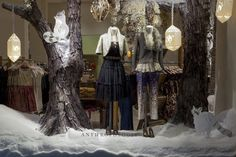 Polar Bears and Arctic Foxes Inhabit the Anthropologie Windows - Holly Jolly Windows - Racked NY