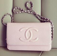 Chanel Bag / Elegant light pink