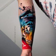 Watercolour Tattoo Men, Watercolor Tiger, World Famous Tattoo Ink, Famous Tattoos, Body Art Tattoos, Sleeve Tattoos, Tatuaje Trash Polka, Best Cover Up Tattoos, Epic Tattoo