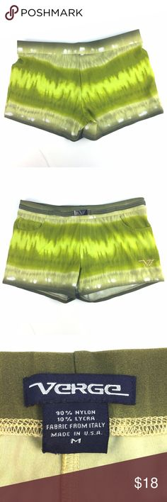 "Verge Square Cut Swim Briefs Trunks Sz M * Green tie-dye print square cut swim briefs/trunks by Verge; size M   ​​​​​​​*Pull on style; 2"" inseam; attached belt with metal clasp; ""ticket"" pocket on front  * Please refer to chart below for exact flat measurements and photos for item details  Waist: 13.5"" Inseam: 2"" Overall drop: 8.5"" Item Number: J22 F Verge Swim Swim Trunks"