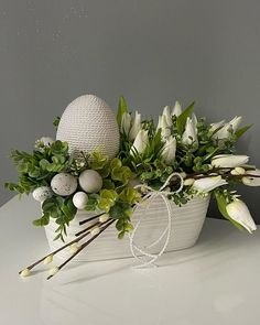 Paper Crafts For Kids, Diy Home Crafts, Easter Crafts, Decor Crafts, Egg Carton Crafts, Diy Ostern, Easter Wreaths, Diy Projects To Try, Table Centerpieces