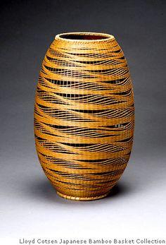 Flower Basket, Billowing Waves, dated 1993 By Kibe Seiho (b. Japanese Bamboo, Japanese Art, Sisal, Making Baskets, Japan Crafts, Bamboo Art, Asian Art Museum, Bamboo Basket, Basket Weaving