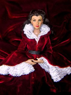 Tonner 'Fire in Atlanta' - This is a Tonner Scarlett doll which has been repainted. She wears the 'Fire in Atlanta' dress. | November 14, 2011