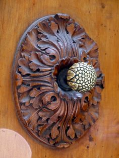 good way to make a small door knob bigger perfect for the center of the door
