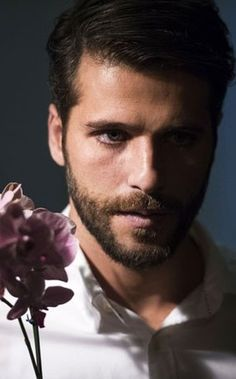 Bruno Gagliasso invadirá lares internacionais com Edu, de Dupla Identidade (Foto: TV Globo) - http://epoca.globo.com/colunas-e-blogs/bruno-astuto/noticia/2014/09/bbruno-gagliassob-invadira-lares-internacionais-com-edu-de-dupla-identidade.html
