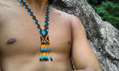 Okama para hombre hecho a mano por indígenas del resguardo karmata rúa en Colombia.