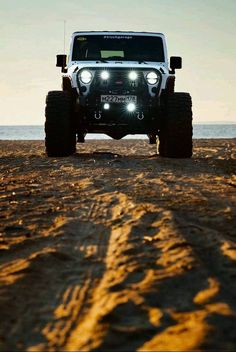 Jeep Wrangler Off-Road Adventure Challenge Auto Jeep, Jeep 4x4, Jeep Truck, Jeep Wranglers, Jeep Carros, Hors Route, Badass Jeep, Hummer H3, Offroader