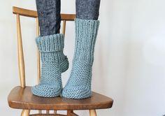 Tejiendo unas zapatillas para el invierno