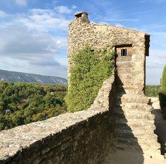 A perch in Menerbes, France, a hilltop village in Provence. | © Carolina Photosmith