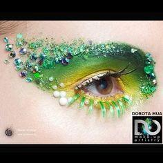 Make Up/ Hair [ Lifestyle/Beauty ] Valentines day Maquillage Halloween, Halloween Makeup, Adult Halloween, Halloween Costumes, Fairy Eye Makeup, Fantasy Make Up, Fantasy Hair, Make Up Inspiration, Lipgloss