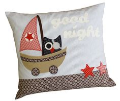 Nachteule Owl Quilts, Baby Quilts, Modern Pillows, Decorative Pillows, Home Crafts, Diy Crafts, Freehand Machine Embroidery, Reading Pillow, Sailor Fashion