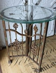 Iron Gate Table I love, love things made out of old iron fences and gates !